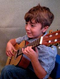 boy_guitar_sm